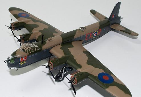 Short Stirling Atlas Collection Bombers of WWII 1:144 Scale